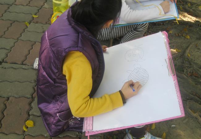 外星人畫畫比賽9